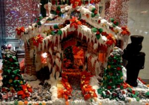 christmas-2011-gingerbread-house-creative-commons-licence-640x453