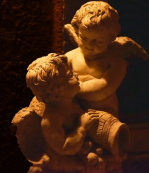 two-cherub-angels-creative-commons-license-552x640